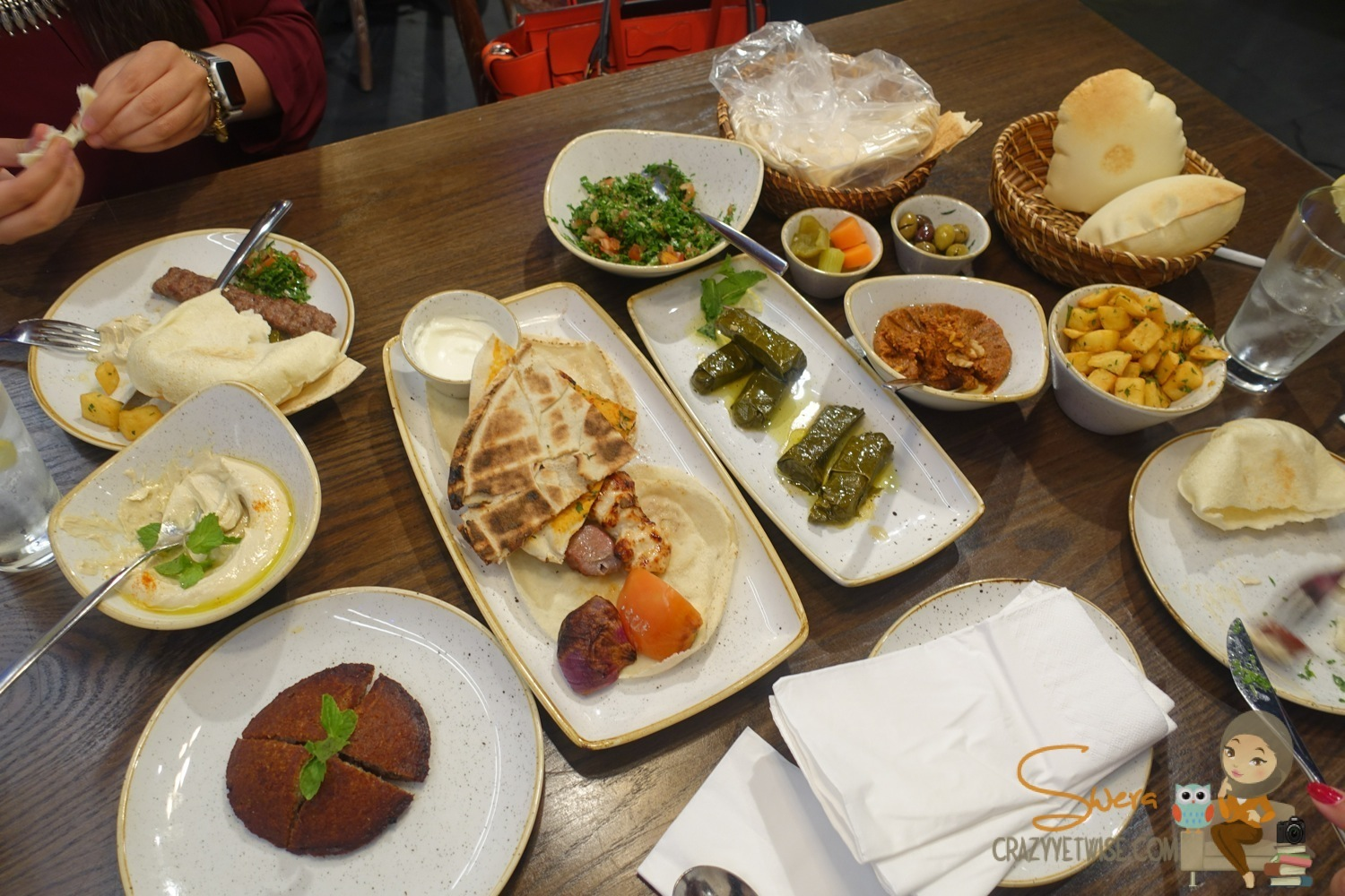 Zufa lebanese restaurant experience the gate mall crazy for About lebanese cuisine